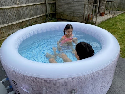 Lay-Z-Spa Inflatable hot tub in the garden