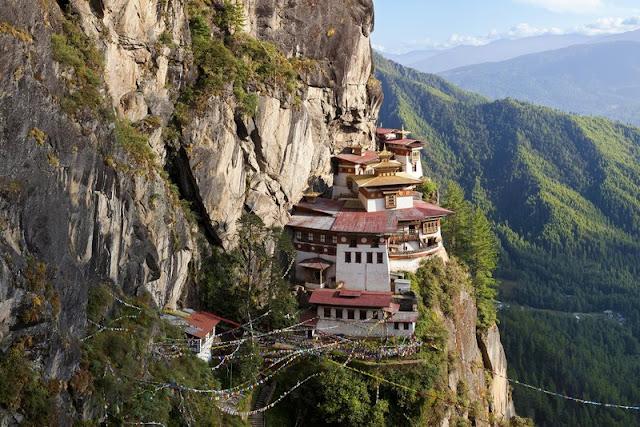 El templo de Bután en el Nido del Tigre