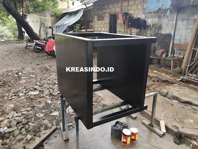 Meja Besi untuk Mesin pesanan Bpk Yansen di Muara Karang Pluit Jakarta