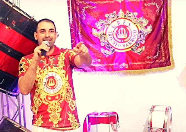 Felipe Diniz  é Triunfo Barroco  no Carnaval de BH em 2022