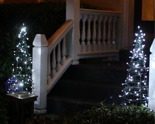 Diy Tomato Cage Christmas Tree Lights 17 Apart