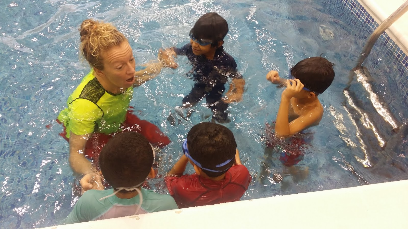 best school swimming lessons Muscat