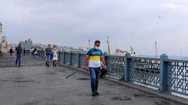 Törökországban valamelyest tovább mérséklődött a fertőződés üteme