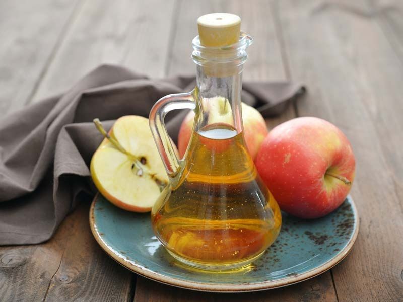 6 Incríveis benefícios do vinagre de cidra de maçã para saúde e beleza