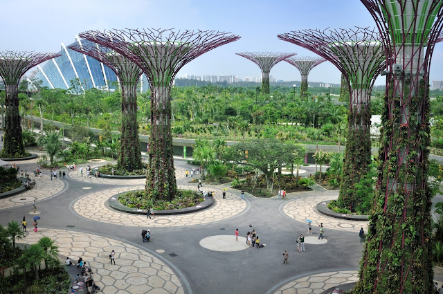 Chill out at Marina Bay Sands and Gardens by the Bay