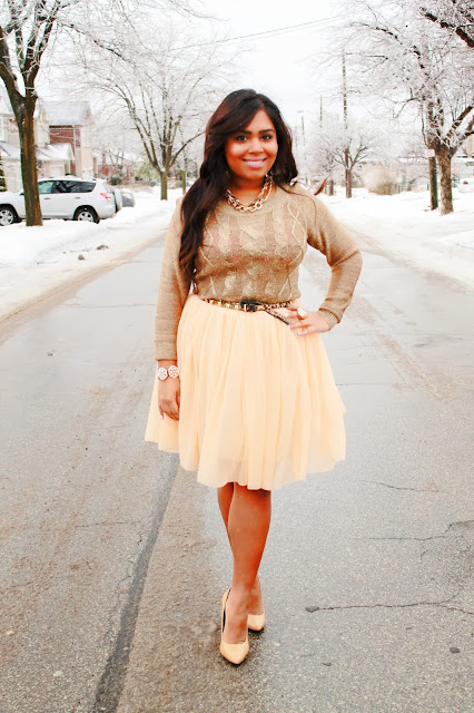 tulle skirt, pretty glam, how to wear a tulle skirt, gold sweater, winter fashion, pretty tulle skirt, outfit of the day, toronto streetstyle, toronto fashion blogger, fashion bloggers, unruli jewelry, unruli blog, costume jewelry, cheap trendy jewelry