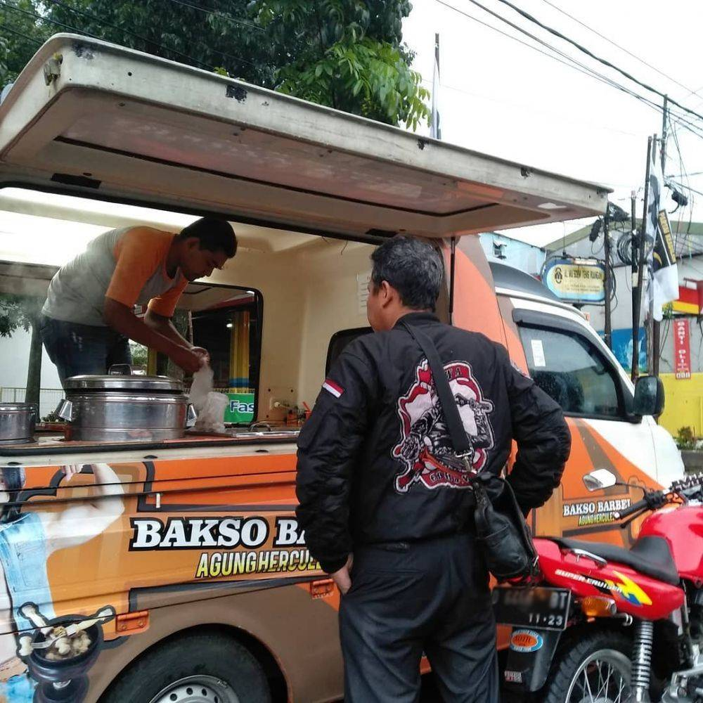 Food Truck Bakso Barbel (instagram.com)