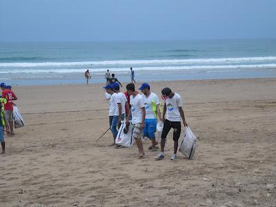 شباب إمسوان : حملة نظافة شاطئ تلضي 2015