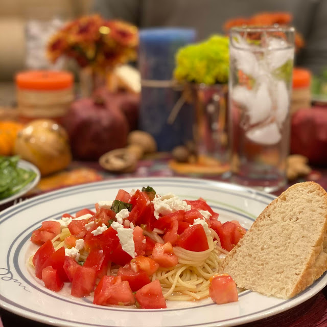 Mediterranean Pasta with Tomatoes