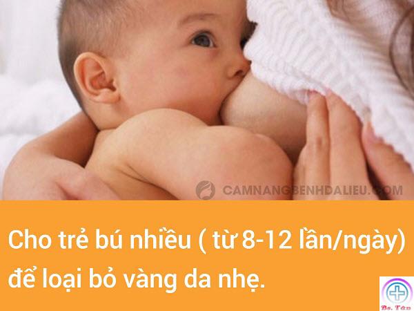 cho trẻ bú mẹ