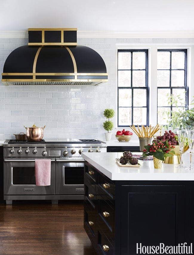 35 Fresh White Kitchen Cabinets Ideas To Brighten Your: Mix And Chic: Favorite Room Of The Week