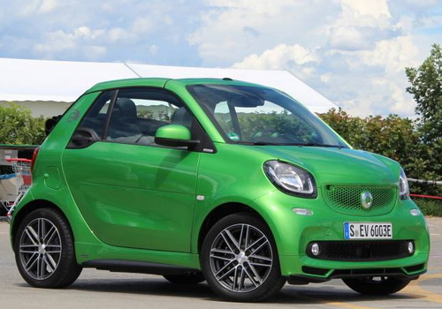 Smart Fortwo Cabrio Electric Drive A Cabriolet Style City Car