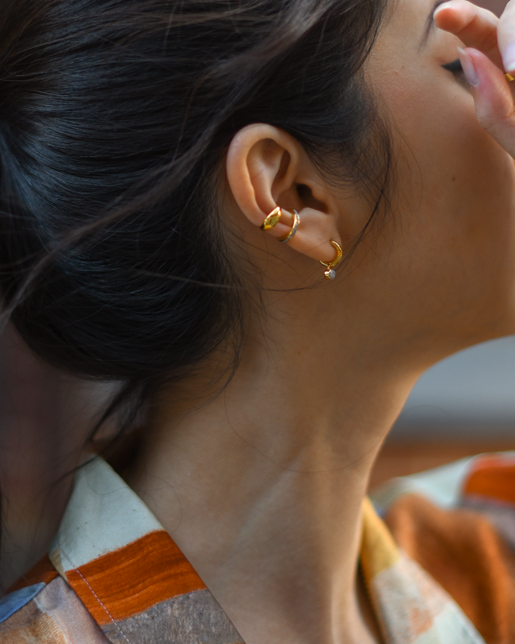 Aritzia Aries button up, gold tone jewelry, summer outfit ideas, rustic orange shirt, New York casual style, Monica Vinader gold earrings and ear cuff - FOREVERVANNY.com