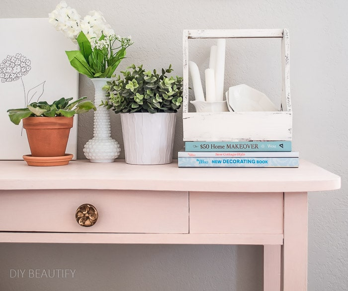 pink table