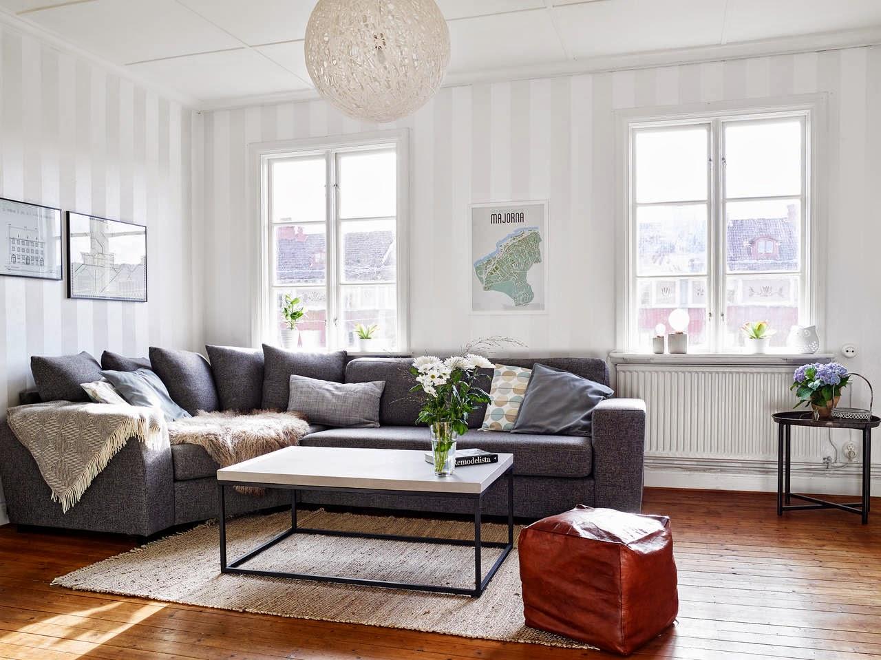 Inspiraci n deco estilo n rdico en madera y negro tr s for Sillones estilo escandinavo