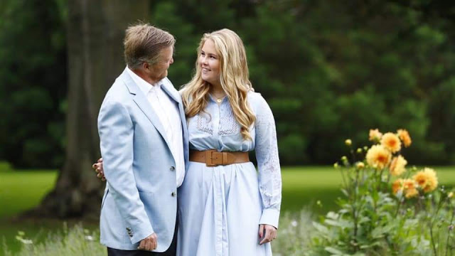 جلسة تصوير خاصة للعائلة الملكية بهولندا قبل عطلة الصيف