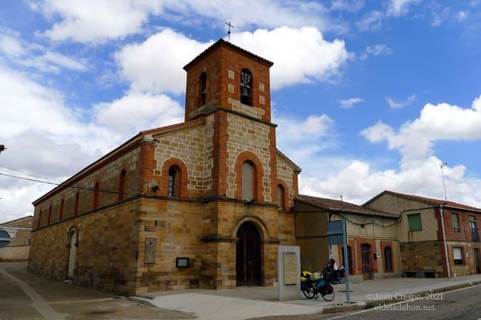 iglesia-granja-de-moreruela