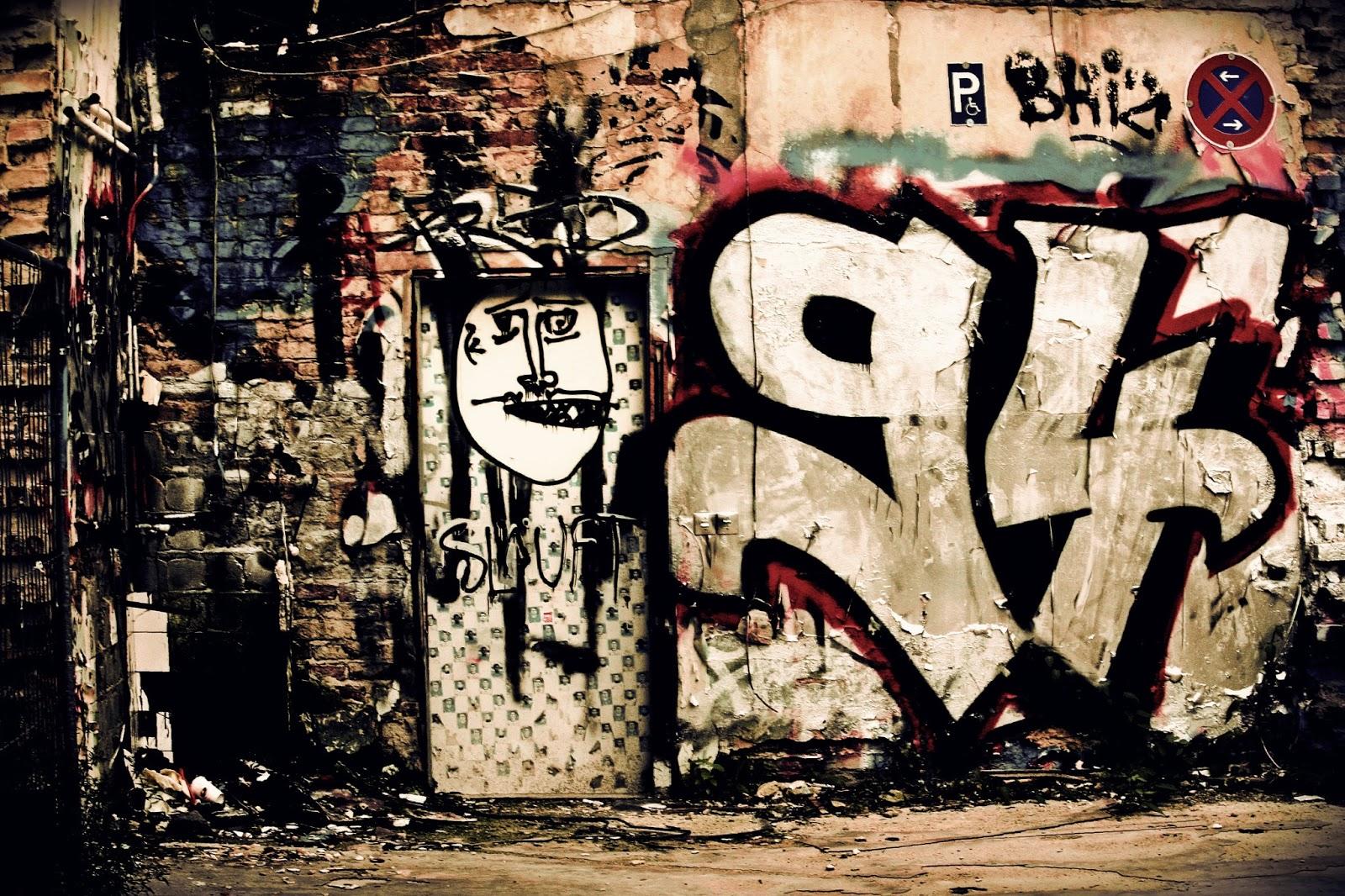 Tiger Shroff Hd Wallpaper Graffiti Photography