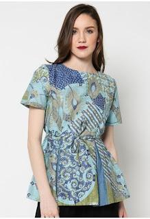 Model Baju Kerja Batik Lengan Pendek