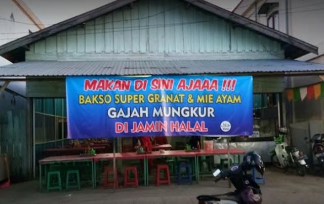 Mencari tempat makan atau restoran yang sesuai lidah di daerah boleh dibilang gampang-gampang susah. Begitu pula di Kota Amuntai Kabupaten Hulu Sungai Utara (HSU), Kalimantan Selatan. Tidak semua rumah makan di kota ini bisa menyajikan menu andalan sesuai di lidah.