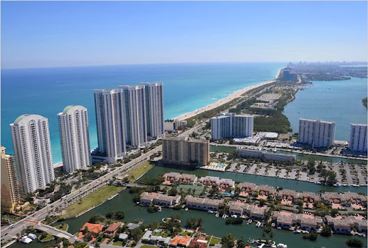 PARQUE TOWERS - A PRE CONSTRUCTION PROJECT IN SUNNY ISLES BEACH