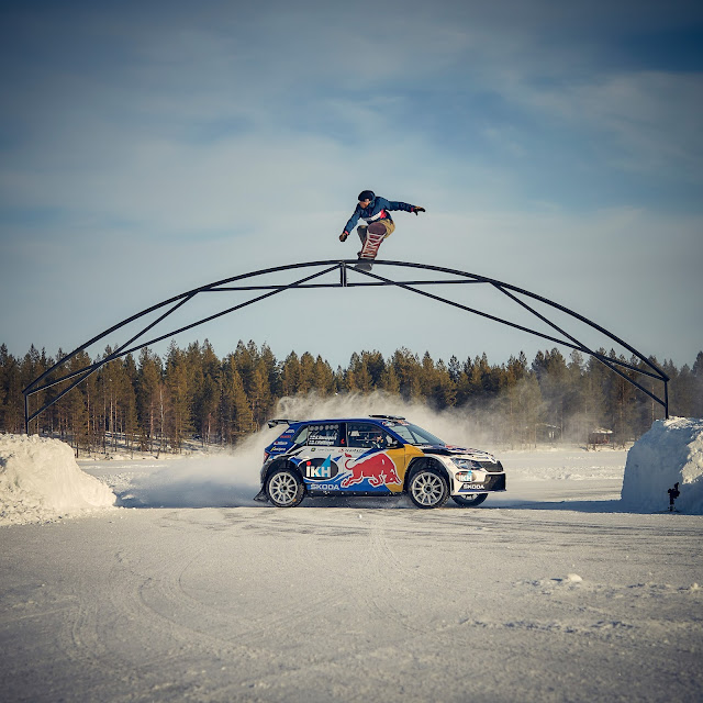 Snow board Rally Car jump