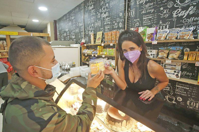 Camila Nash ahora trabaja en una panadería de Viña del Mar