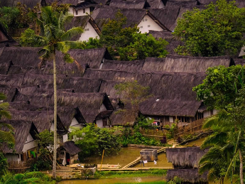 Kampung Naga Tempat Wisata di Tasikmalaya Terbaru