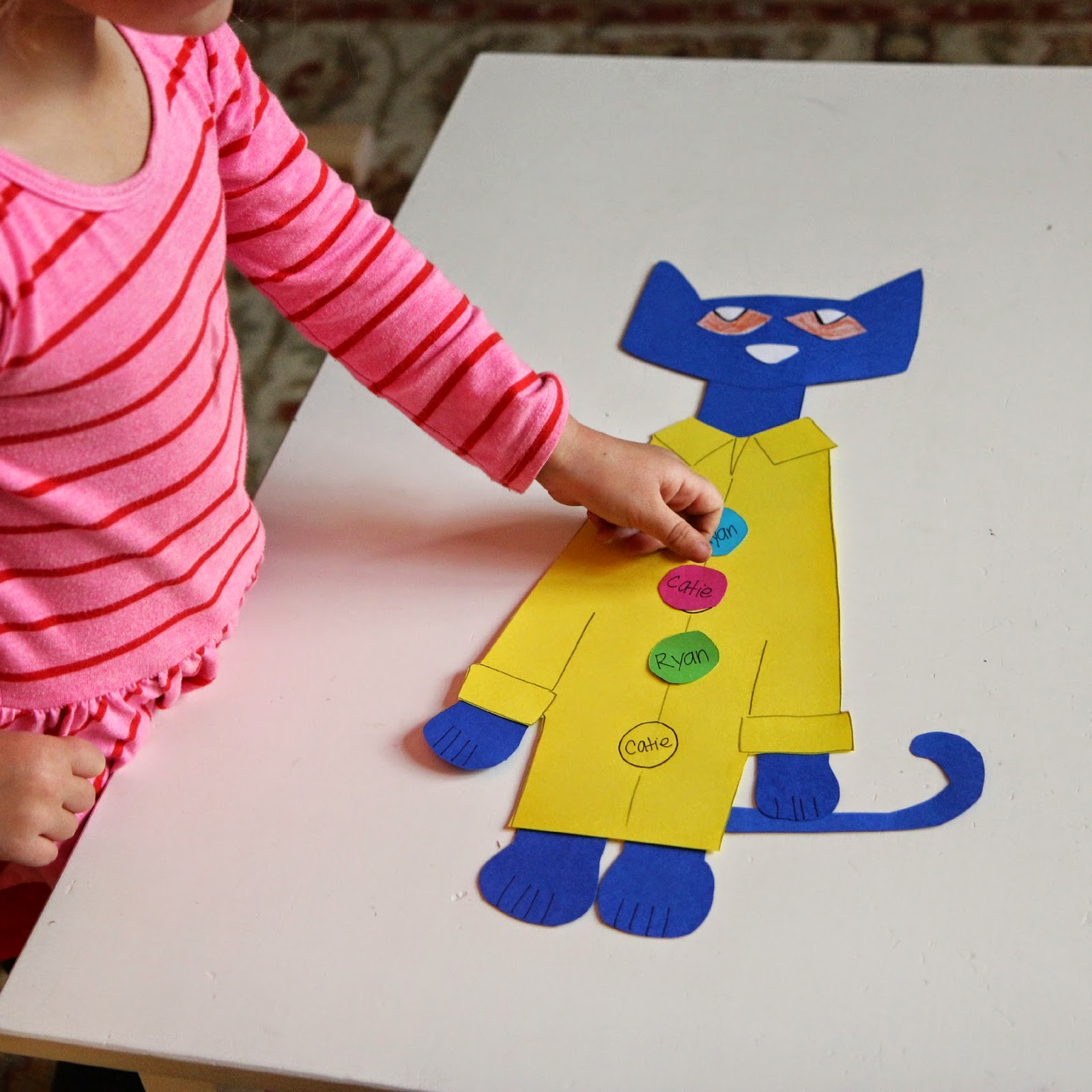 Crafts and Activities To Do Along with Pete the Cat! | Toddler ...