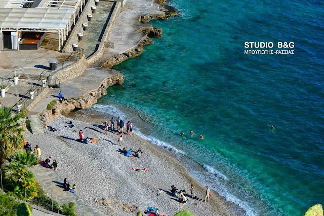 Μεγάλη εβδομάδα με βουτιές στις παραλίες του Ναυπλίου