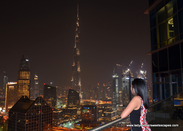 Lady and Burj Khalifa