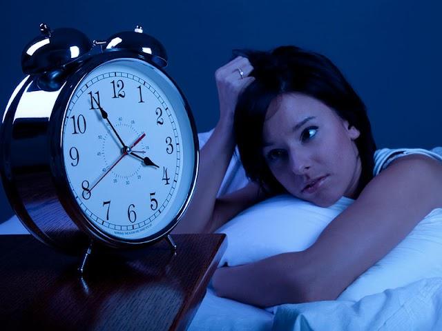 ख़राब नींद बिगाड़ देगा आपका 'मेन्टल हेल्थ'!