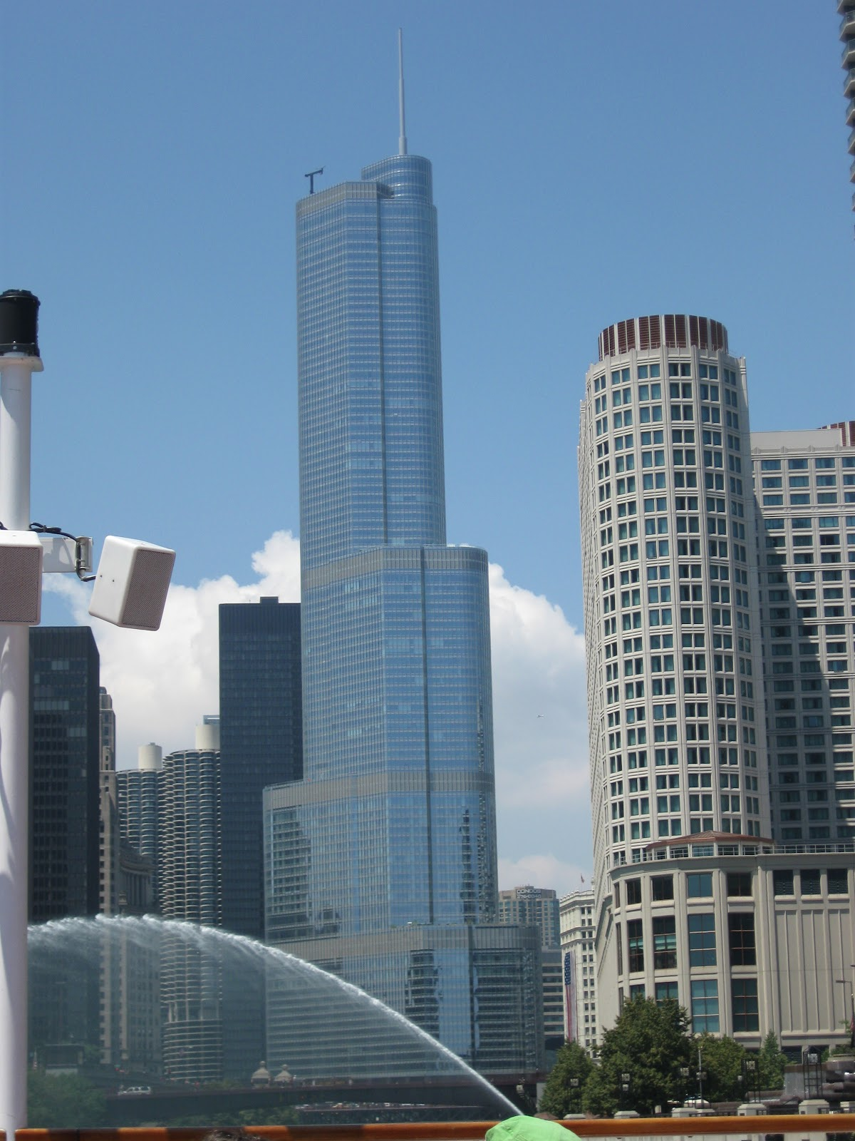 Hot Babes Single 10 Tallest Buildings In The United