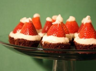 десерты на Новый год, выпечка на Новый год, новогодние десерты, новогодние блюда, новогодние сладости, рождественские десерты, рождественские сладости, рождественская выпечка, что приготовить на Новый год, что приготовить на Рождество, праздничные рецепты, новогодние рецепты, рождественские рецепты, новогодний стол, Новогодние сладкие рецепты, Безе новогоднее «Елочки», Безе «Шишки», Ёлочка из айсинга, Ёлочки из кондитерской мастики для украшения торта (МК), Ёлочка из