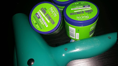 Garnier Fructis Curling Cream --- Is this worth the price?  Does it make my curls stand out?  Check out my video review!