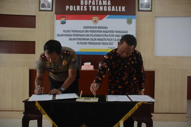 Pemkab dan Polres Trenggalek Sepakati Bina dan Latih Putra Putri Berprestasi dalam Penerimaan Calon Anggota Polri Tahun Anggaran 2018