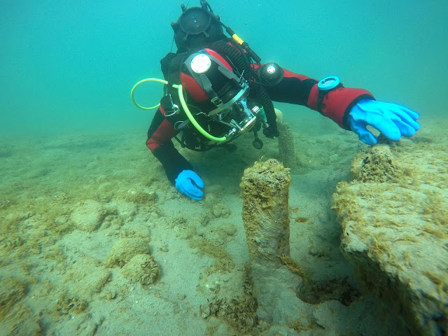 Divers to retrieve Bronze Age artefacts from Swiss lake