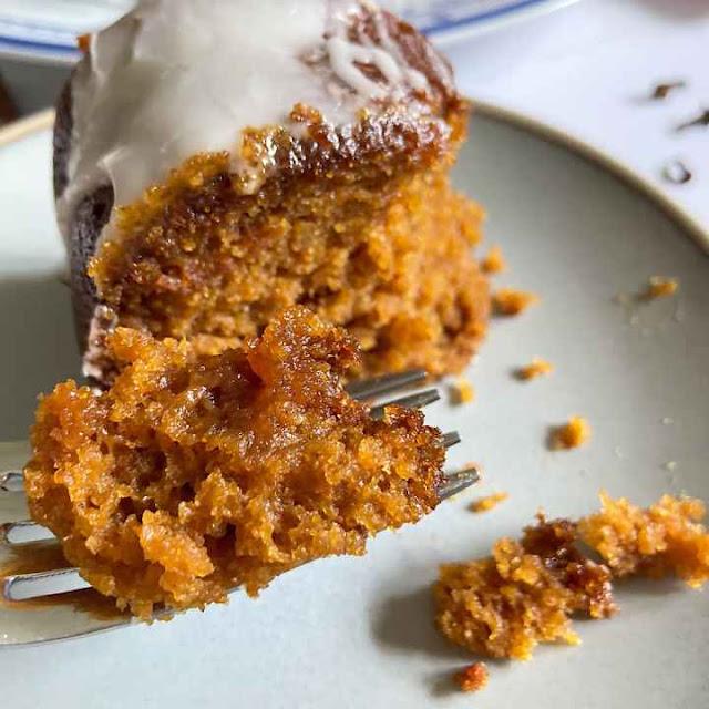 Light & Moist Pumpkin Cake