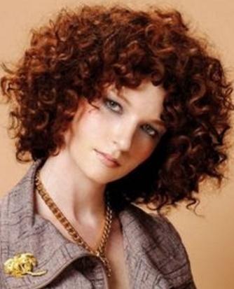en el todas las mujeres pueden presumir una cabellera rizadasin importar que sea laciala es en segundos