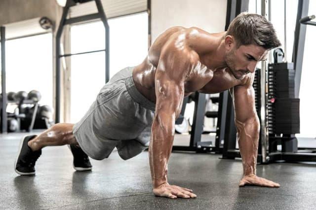 Siết cơ là gì ? Cách siết cơ bụng cơ mông khi tập gym