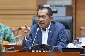 Pimpinan Komisi I: Yang Berhak Bubarkan Ormas Kemenkumham, Bukan Urusan Pangdam