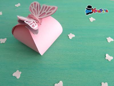 Come realizzare una scatolina con ali di farfalla