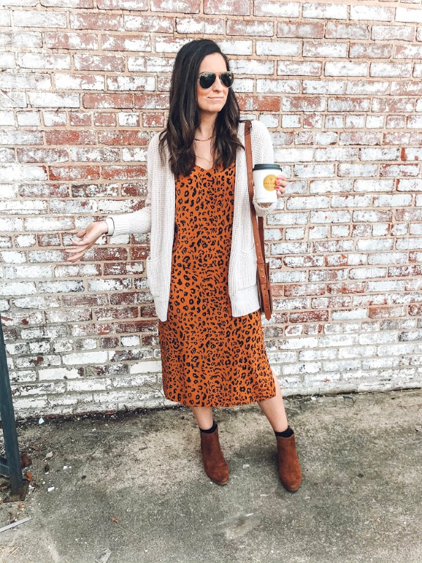 style on a budget, mom style, north carolina blogger, leopard print dress, fall fashion, what to buy for fall