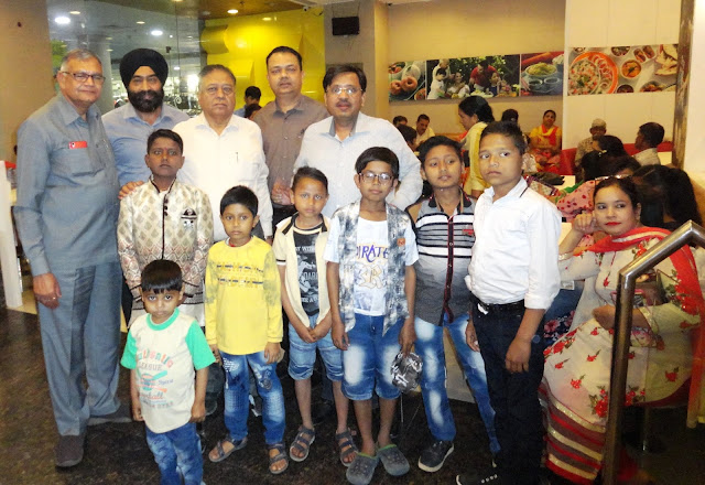 Ritriyan Shiv Kumar Gupta of Rotary Club of Faridabad Central for the Pleasure of Thalassemia Children