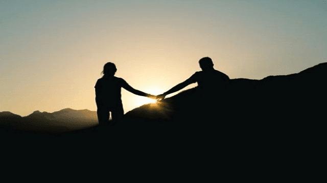 Kumpulan Puisi Cinta Untuk Para Bucin budak cinta
