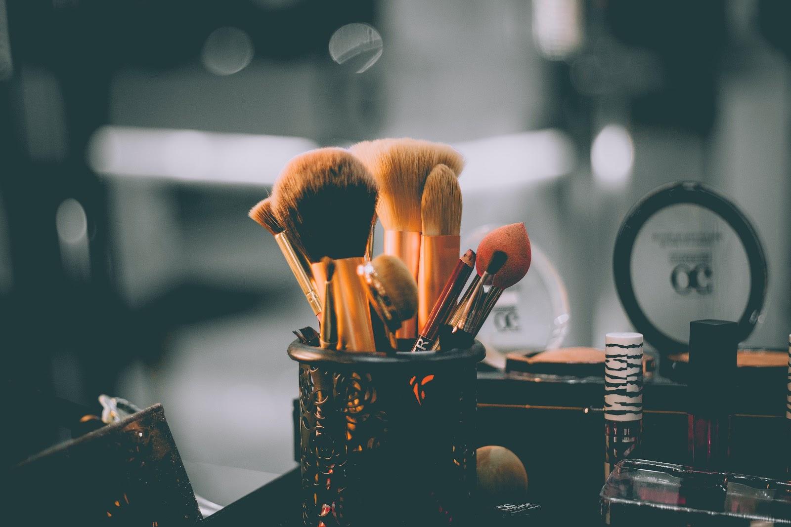 DIY: Makeup Brush Shampoo