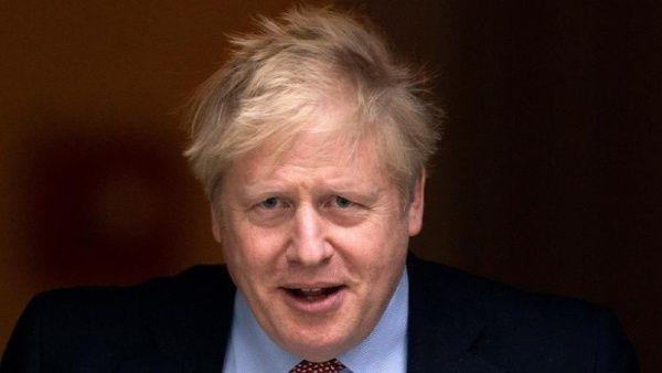 Boris Johnson cumplirá sus funciones desde el hospital