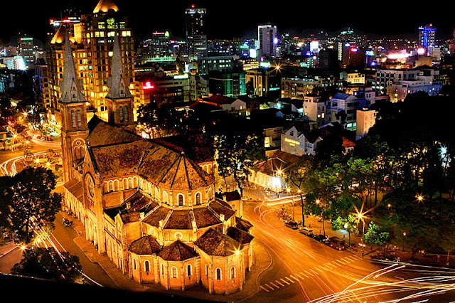 Sleepless in Ho Chi Minh City: a tourism initiative 1