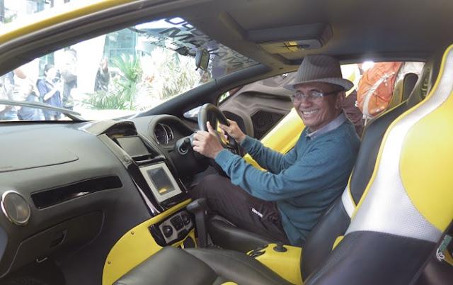 Dahlan Sandingkan Mobil Listrik Tesla dengan Selo