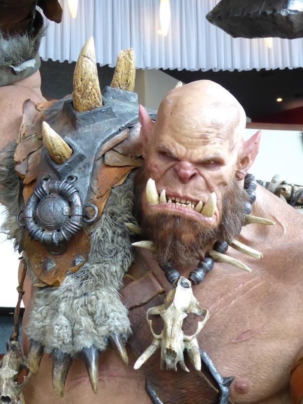 Orgrim Doomhammer Warcraft statue
